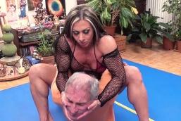 Female bodybuilder domination clips — 8